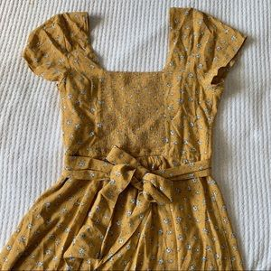 Abercrombie & Fitch Yellow Floral Tie Back Dress